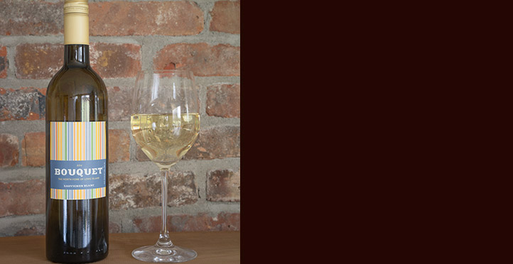 sauvignon-blanc-with-wine-glass.jpg